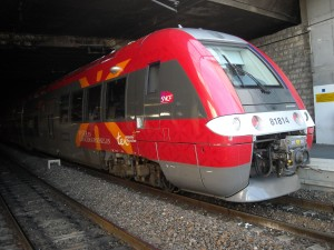 Un TER AGC en gare de Montpellier Saint-Roch le 19 juin 2009 (photo : Mj)