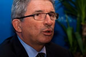 Raymond Couderc le 14 décembre 2009 à sa permanence électorale de Montpellier (photo : Xavier Malafosse)