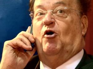 Georges Frêche au lendemain des primaires socialistes pour les régionales 2010 (Photo : copie écran du DVD Le Président,  © La Générale de production)