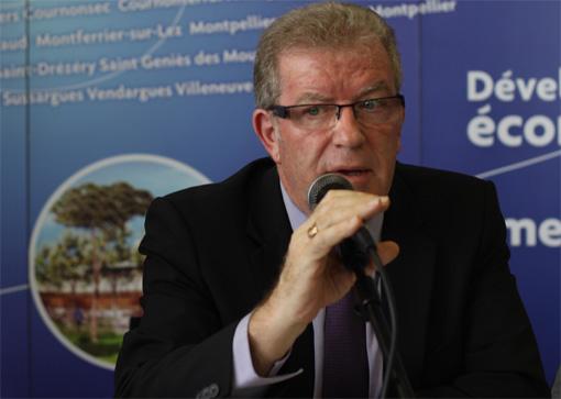 Jean-Pierre Moure le 25 octobre 2012 à l'hôtel d'agglomération (photo : J.-O. T.)