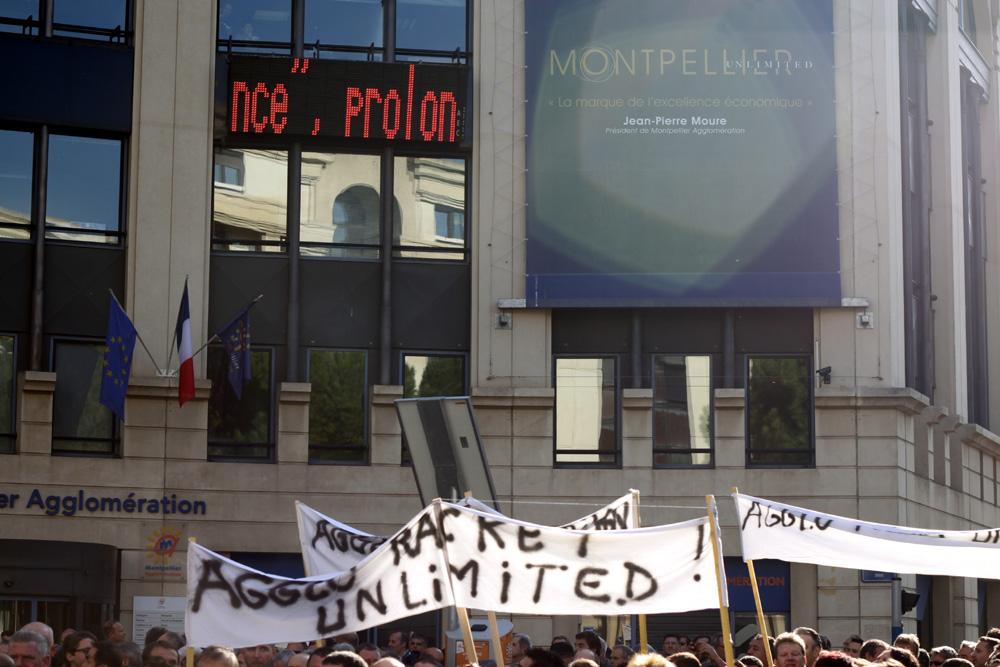 Manifestation contre la CFE devant l'hôtel d'agglomération de Montpellier le 15 novembre 2012 (photo : J.-O. T.)