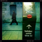 Un composteur de quai de tramway à Montpellier (photo : Xavier Malafosse)