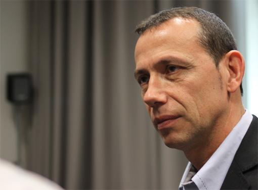 Patrice Canayer, entraîneur et manager général du MAHB, le 2 février 2013 (photo : J.-O. T.)