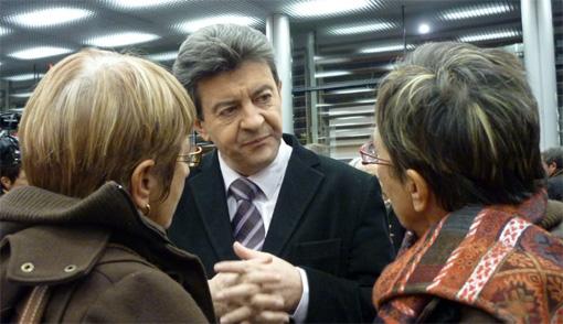 Jean-Luc Mélenchon le 29 janvier 2010 au meeting de la liste A gauche maintenant pour les régionales de 2010 (photo : J.-O. T.)