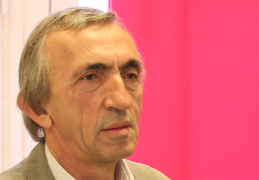 Michel Passet, secrétaire départemental du PCF dans l'Hérault et adjoint au maire de Montpellier le 8 avril 2013 (photo : J.-O. T.)
