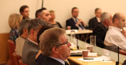 Jean-Pierre Moure en conseil d'agglomération de Montpellier le 15 avril 2014. Il était opposé à Philippe Saurel lors des municipales de 2014 (photo : J.-O. T.)