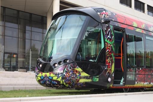 Une des premières rames de la ligne 3 du tramway de Montpellier le 18 janvier 2011 (photo : J.-O. T.)