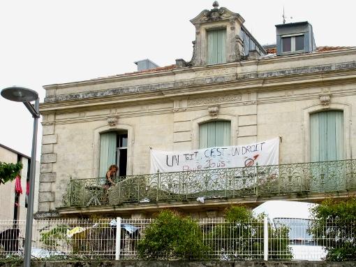 Un des trois bâtiments du squat Utopia 001, avenue de Lodève à Montpellier le 20 octobre 2014 (photo : Lucie Lecherbonnier)