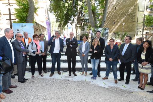 """Cérémonie de la fausse """"première"""" soudure des rails du bouclage de la ligne 4 de tramway de Montpellier le 21 mai 2015 (photo : Métropole de Montpellier)"""